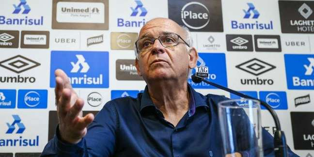 O presidente do Grêmio, Romildo Bolzan durante entrevista coletiva Lucas Uebel Grêmio