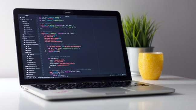 C&A abre vagas para selecionar 50 programadores com perfil júnior