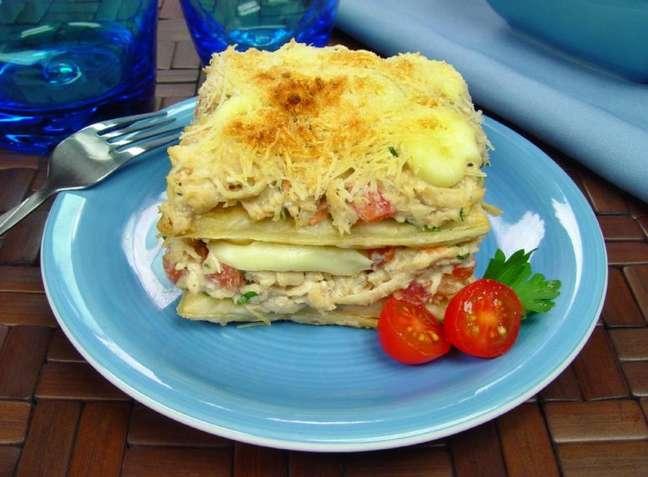 Guia da Cozinha - Pavê de frango com massa folhada para uma refeição diferente