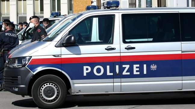 Polícia iniciou investigação depois que carteiro não conseguiu fazer entrega diretamente para idosa