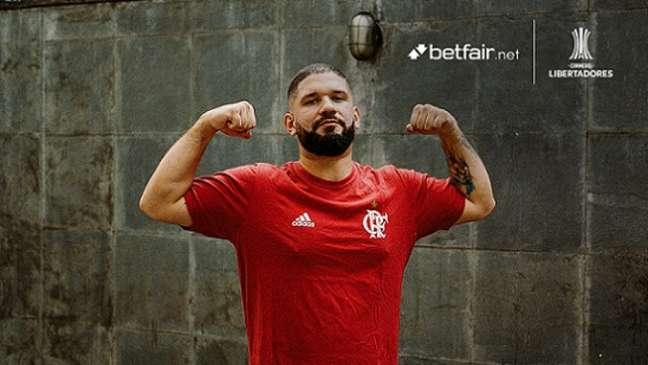 Guilherme viveu aventura para realizar o sonho da avó e ver o Flamengo ser campeão (Foto: Divulgação/Betfair.net)