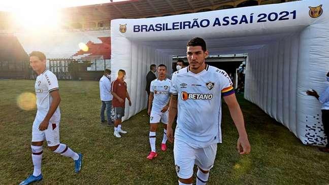Nino usou a camisa 24 em ação do Fluminense contra o preconceito (Foto: Mailson Santana/Fluminense)