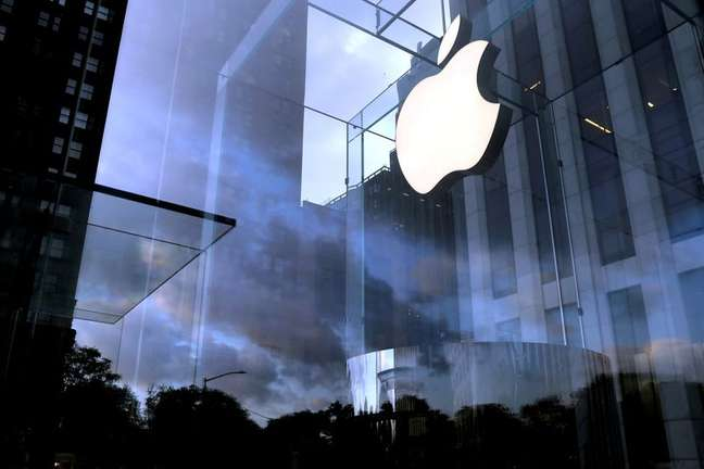 Loja da Apple na 5ª Avenida em Nova York  REUTERS/Mike Segar