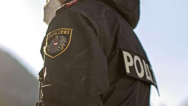 Suspeito confessou a fraude e a omissão do cadáver da mãe, segundo polícia da Áustria