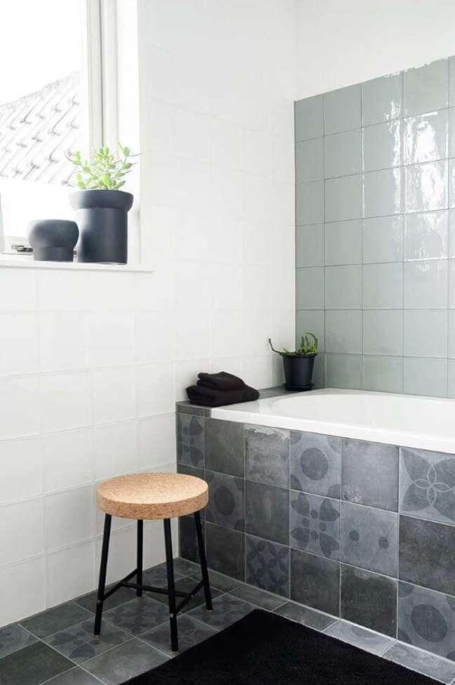 47. Banheiro com revestimento verde sage – Foto Decor Diseno