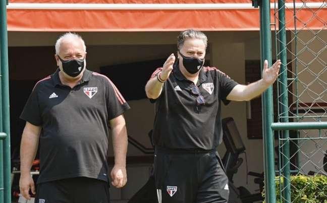 Casares retornou ao CT da Barra Funda (Foto: Reprodução/ Twitter @SaoPauloFC)