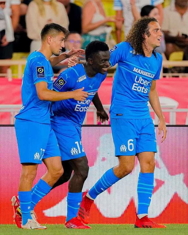 O Olympique de Marselha venceu o Monaco fora de casa por 2 a 0