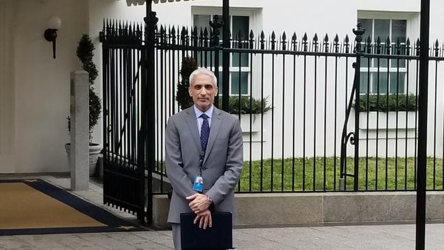 Javed Ali, um dos conselheiros de defesa nacional no primeiro ano do governo de Donald Trump, em foto na Casa Branca