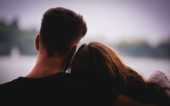 O dia em que seu namoro começou ou a data do seu casamento revela como é o astral da sua união - Shutterstock.