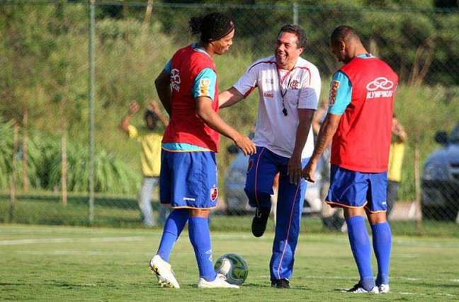 Juntos, treinador e atleta conquistaram o Carioca de 2011 (Foto: Divulgação/Flamengo)