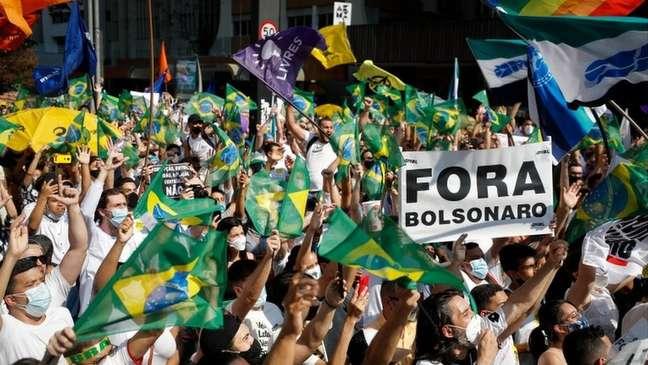 Com oposição dividida, atos contra Bolsonaro reuniram poucas milhares de pessoas no 12 de setembro