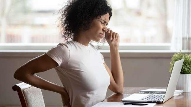 Saber manter a postura correta é vital para a saúde