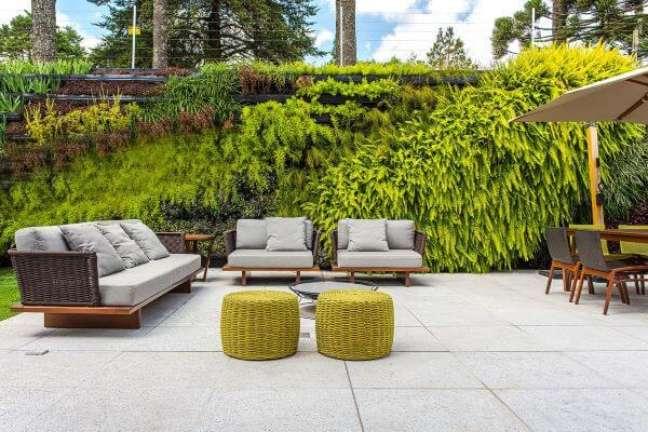 36. Sofá chaise área externa moderno – Foto Escritório Alessandra Gandolfi Arquitetura e Interiores
