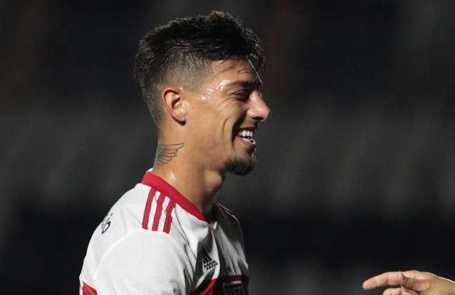 Rigoni foi escolhido pela torcida do São Paulo para ser o novo camisa dez do time (Foto: Divulgação/São Paulo)