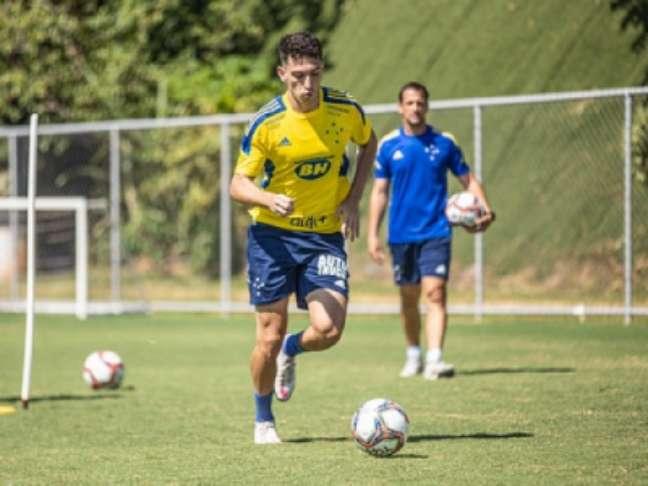 Revelado na base celeste, Marco Antônio (Bruno Haddad/Cruzeiro)