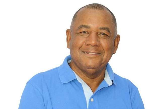 Quinzé era vereador de Duque de Caxias pelo Partido Liberal (PL).
