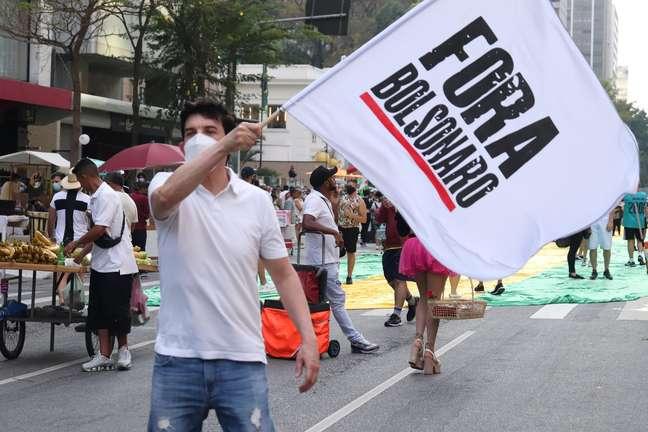 Esquerda e direita resistem a ato unificado contra Bolsonaro