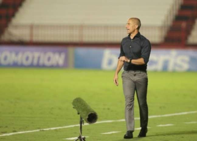 Sylvinho lamentou empate (Foto: Rodrigo Coca/Ag. Corinthians)