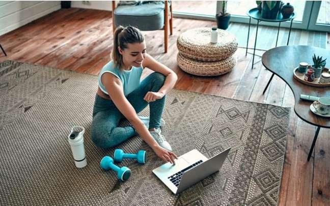 A Astrologia ajuda a identificar o que precisa melhorar na rotina para cuidar do corpo - Shutterstock.