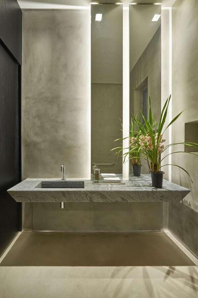 48. Parede de cimento queimado para decoração de banheiro bonito e moderno – Foto: Eduarda Correa