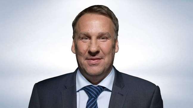 Paul Merson, ex-jogador de futebol inglês.