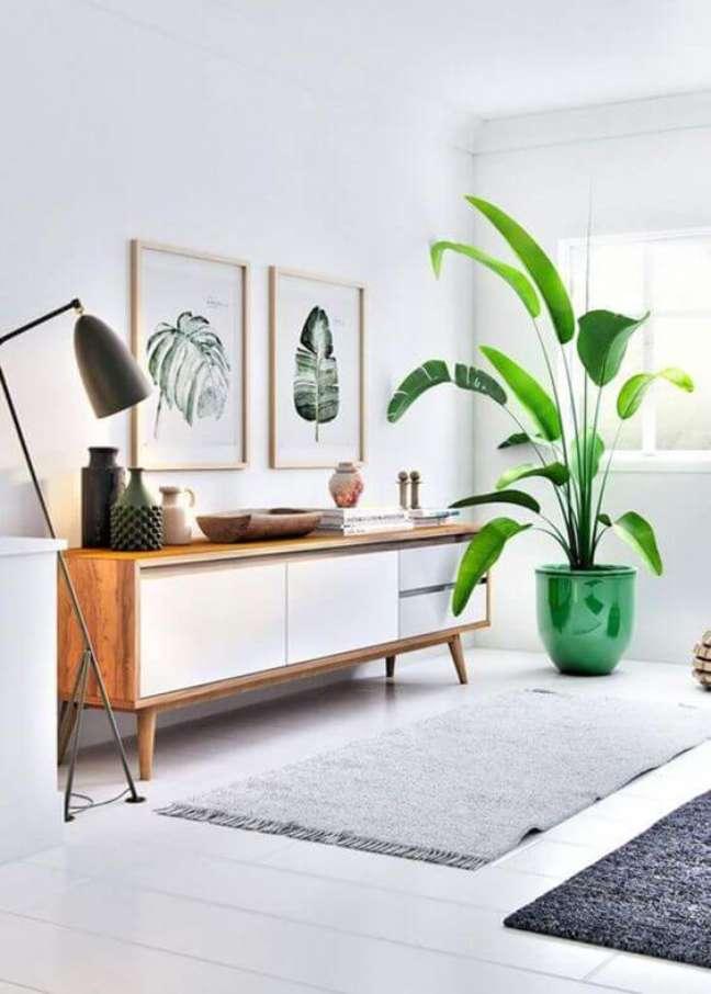 72. Rack rustico e vaso de flor grande para sala – Foto Craft interior design