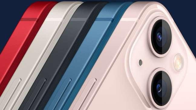 iPhone 13 em diferentes cores