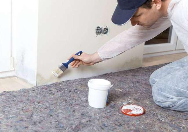 5. Pintar pode ser uma ótima forma de evitar o retorno do mofo depois seguir nossas dicas de como tirar mofo da parede – Foto Shutterstock
