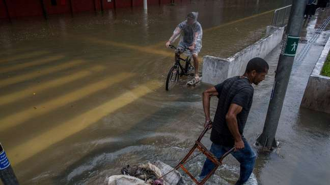 Alagamento em São Paulo; mudanças climáticas aumentam probabilidade de chuvas extremas
