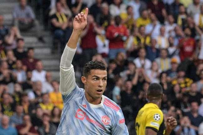 Cristiano Ronaldo foi substituído e deu lugar a Lingard (Foto: SEBASTIEN BOZON / AFP)
