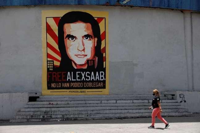 Cartaz pedindo a libertação de Alex Saab em Caracas 09/09/2021 REUTERS/Leonardo Fernandez Viloria