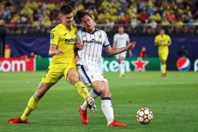 Villarreal e Atalanta empataram em 2 a 2 (Foto: JOSE JORDAN / AFP)