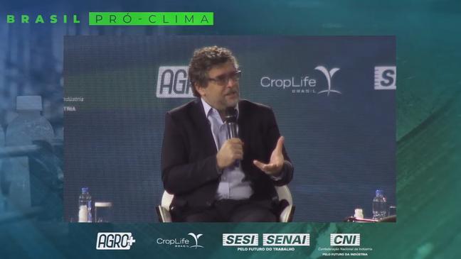 'Instituições vivem do confronto porque recursos bilionários são direcionados a elas', disse o presidente da CropLife Brasil, Christian Lohbauer