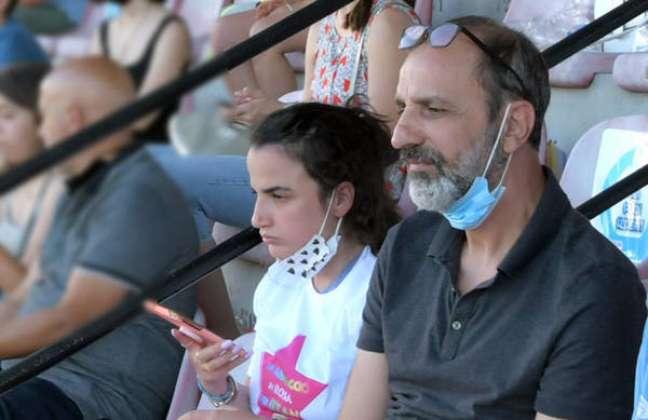 Peleg foi colocado em prisão domiciliar em Israel