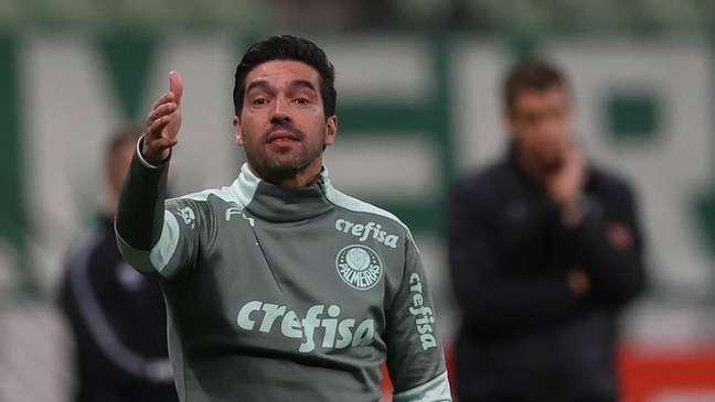 Abel Ferreira em ação pelo Palmeiras (Foto: Cesar Greco/Palmeiras)