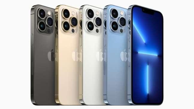 iPhone 13 Pro em cinco cores
