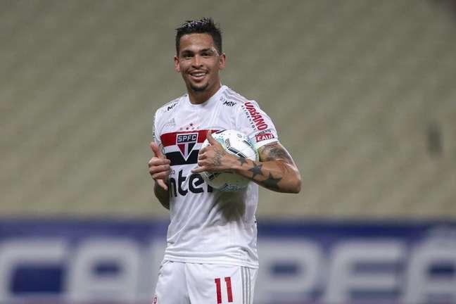 Luciano costuma ir bem quando enfrenta o Fortaleza pelo São Paulo (Foto: Miguel Schincariol / saopaulofc.net)