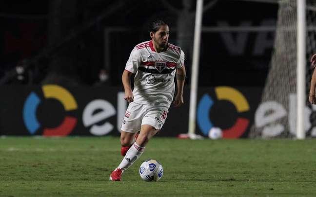 Benítez está suspenso contra o Atlético-GO (Foto: Divulgação/São Paulo)