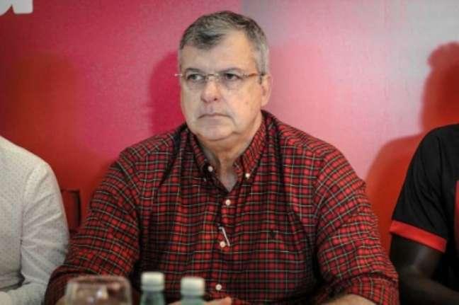 Luiz Henrique era vice de Paulo Carneiro, afastado no início de setembro (Letícia Martins/EC Vitória)