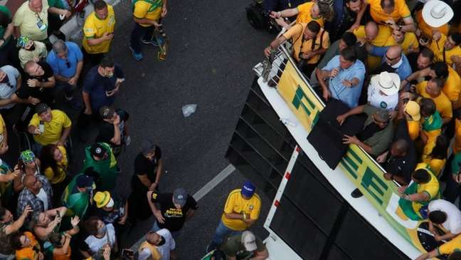 Bolsonaro discursando em São Paulo; em sua fala, presidente falou de 'cidadão americano interceptado'
