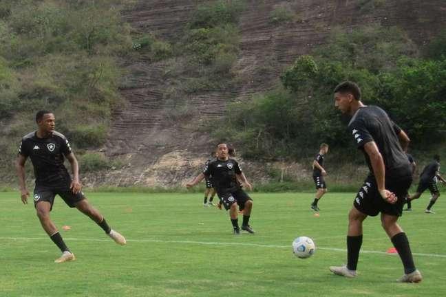 Time sub-20 do Botafogo treina no CT (Foto: Divulgação/Botafogo)