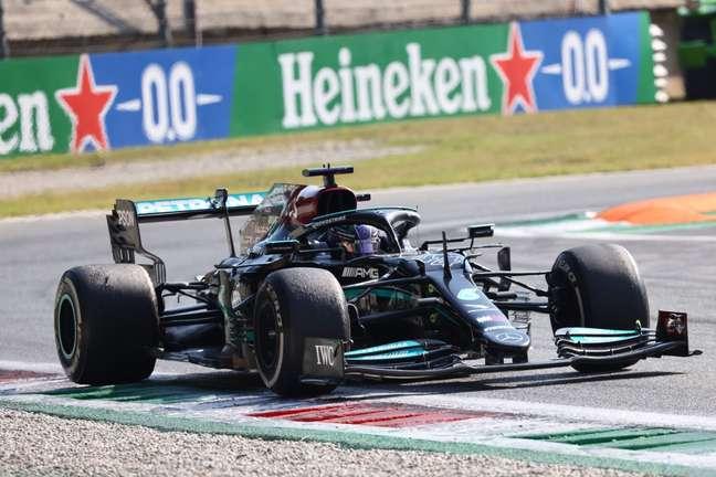 A Mercedes ainda não vê necessidade de trocar o motor de Lewis Hamilton