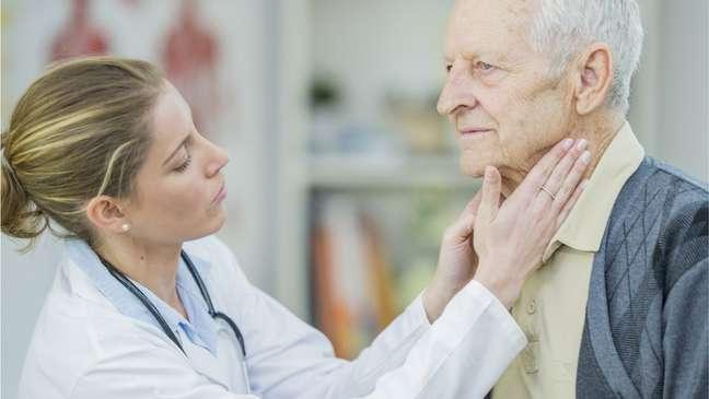 O diagnóstico é mais comum após os 60 anos