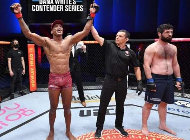 Jailton é mais um brasileiro que agora faz parte do Ultimate (Foto divulgação UFC)