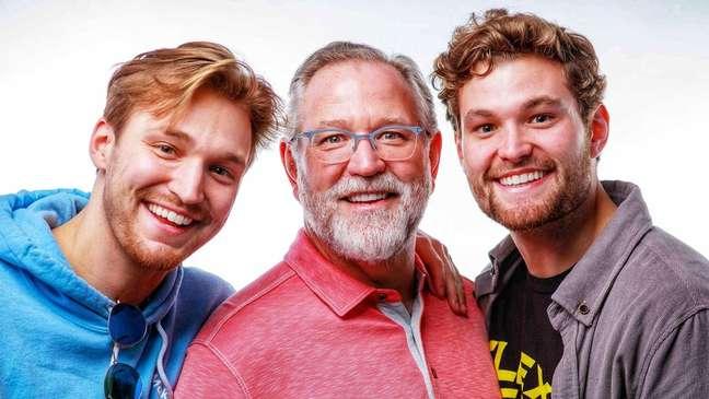 Irmãos Colin, à direita, e Dylan, trabalham com várias marcas conhecidas