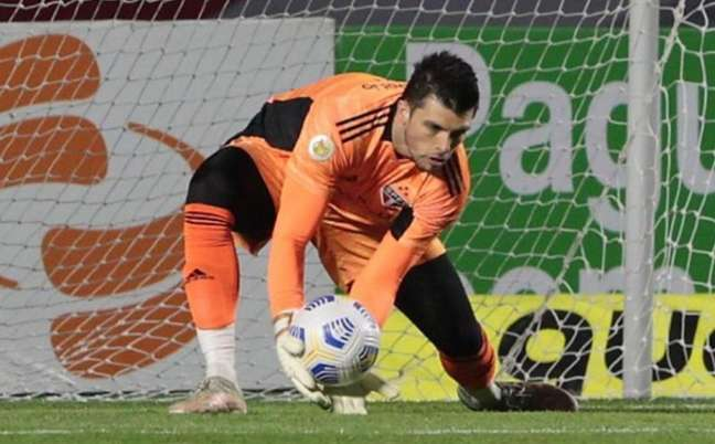 Volpi falhou no primeiro gol do Fortaleza (Foto: Rubens Chiri / saopaulofc.net)