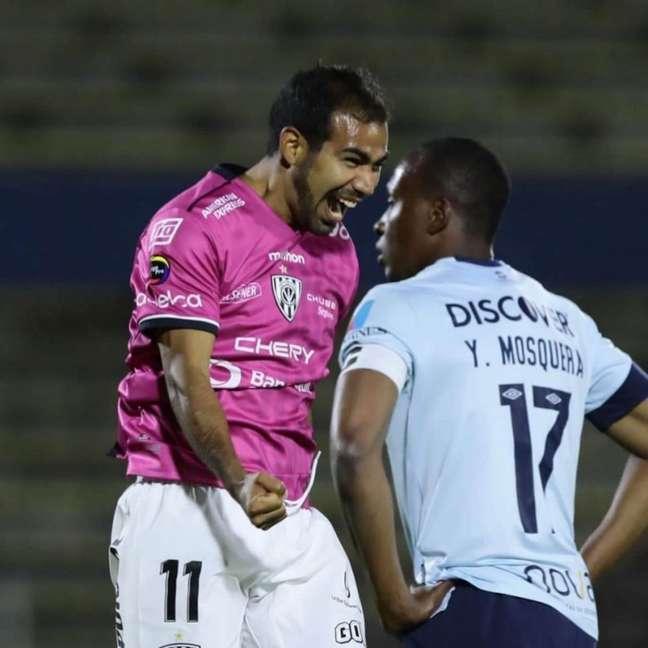 Junior Sornoza celebrando o gol com a camisa do Independiente del Valle (Foto: Divulgação/Independiente del Valle)