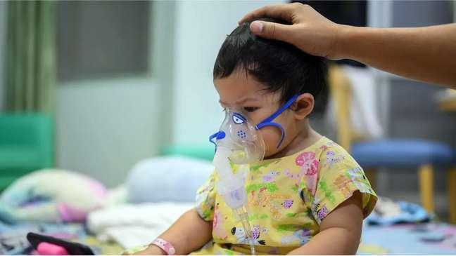 Em geral, quando as crianças adoecem com o VSR, tratamento consiste em suplemento de oxigênio