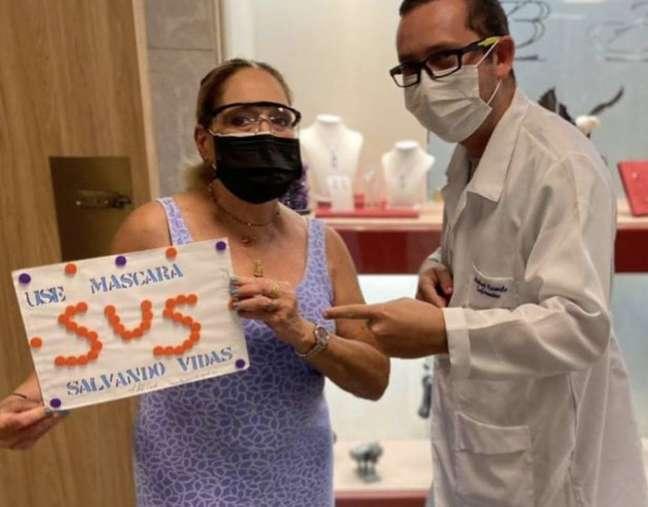 A atriz Susana Vieira, que tomou a terceira dose da vacina contra covid-19