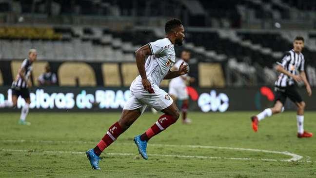 Luccas Claro comentou a segunda eliminação do Fluminense na temporada (Foto: Lucas Merçon / Fluminense)